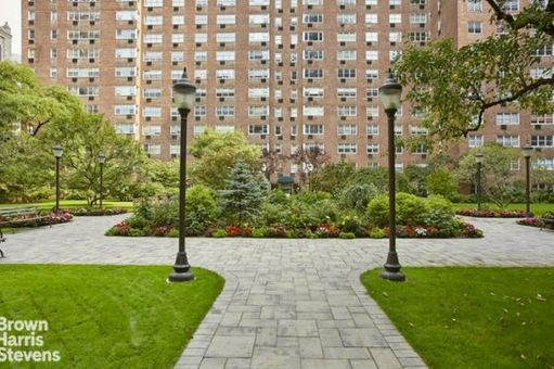 The Coliseum Park Apartments, 345 West 58th Street, #2S