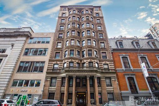 The Swannanoa, 105 East 15th Street, #25