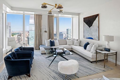 The Centrale, 138 East 50th Street, #TR68