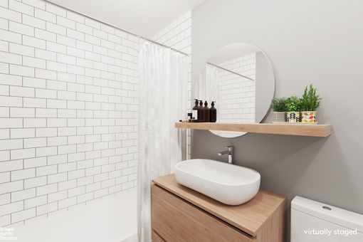 Plaza Tower, 118 East 60th Street, #21D