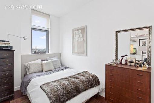J Condominium, 100 Jay Street, #25D