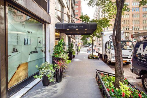 The Chelsea, 160 West 24th Street, #7N