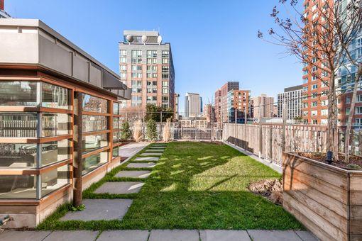 Riverhouse - One Rockefeller Park, 2 River Terrace, #14L