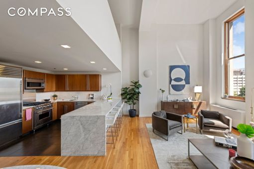 Rutherford Place, 305 Second Avenue, #542