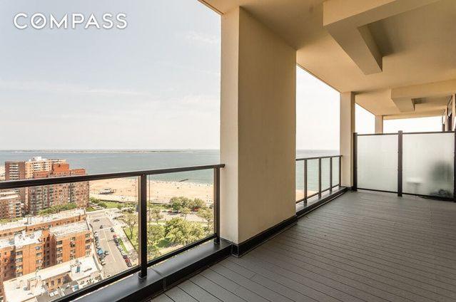 Sea Breeze Tower, 221 Sea Breeze Avenue