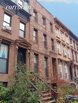 152 Macon Street
