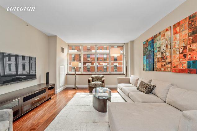 The Metropolitan, 181 East 90th Street
