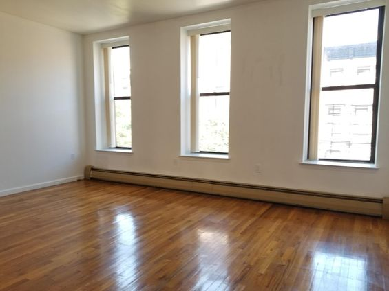 32 West 126th Street