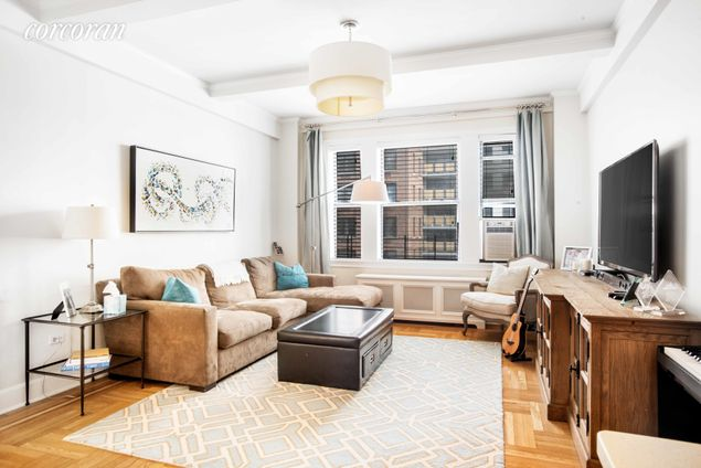 The Franconia, 20 West 72nd Street