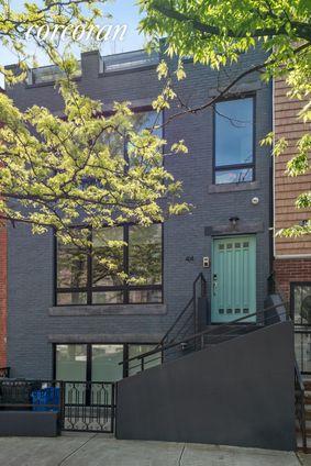 44 Madison Street