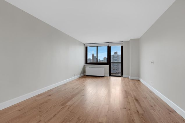 515 East 72nd Street
