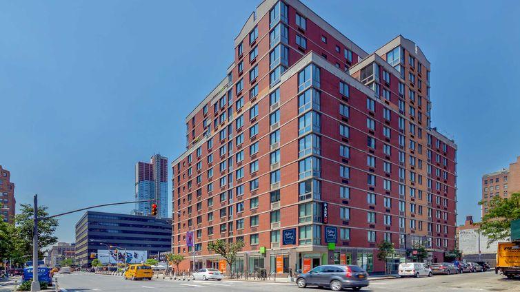 Hudson Crossing, 400 West 37th Street