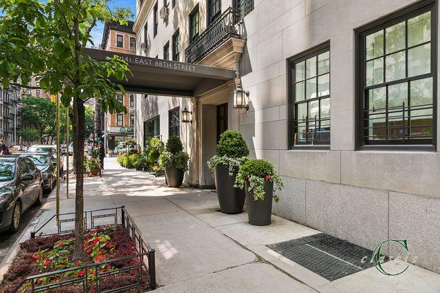 Philip House, 141 East 88th street