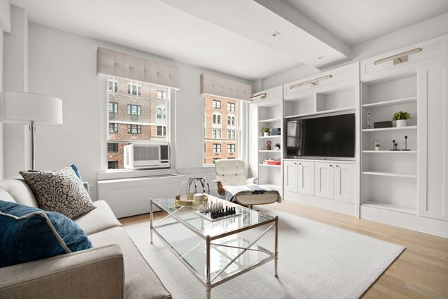 The Bancroft, 40 West 72nd Street