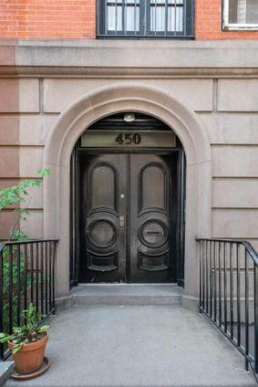450 West 20th Street