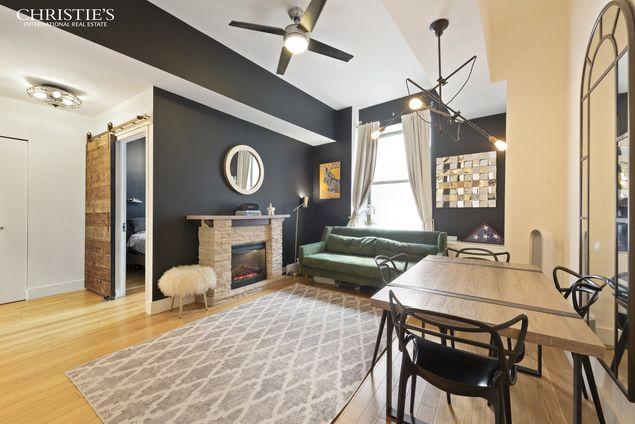 99 John Deco Lofts, 99 John Street