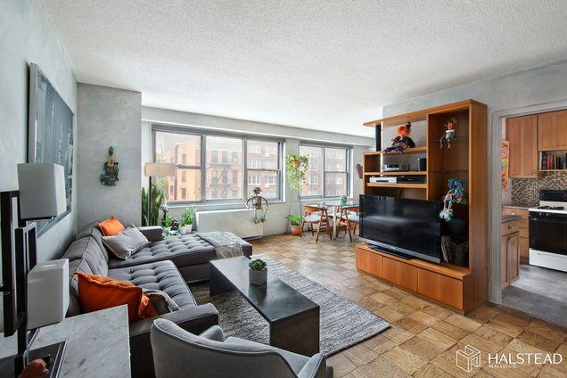 345 East 86th Street