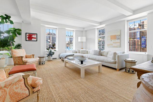 London Terrace Towers, 465 West 23rd Street