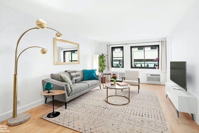 The Thomas Eddy, 85 Eighth Avenue