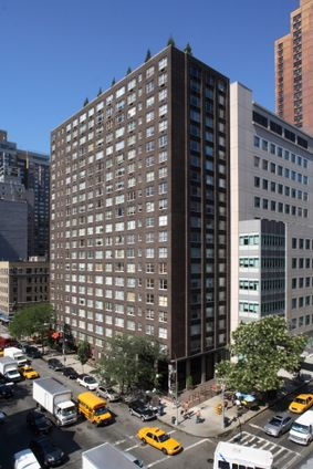 Murray Hill Manor, 166 East 34th Street